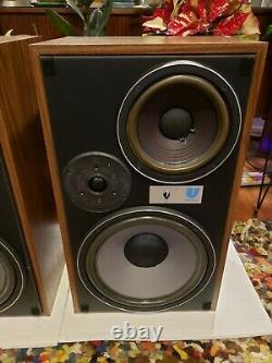 Electro-Voice EV for University sound Interface 3 Series II Stereo Speakers