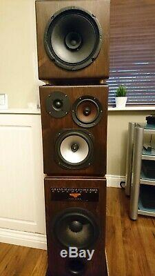 HiFi stereo speakers, custom made, excellent sound, mint cond, delivery see desc