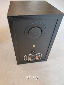 Monitor Audio Bronze 1 Bookshelf Speakers in Black Oak