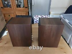 Monitor Audio Bronze 2 Stereo Speaker Pair Walnut open box immaculate