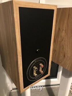 Monitor Audio Bronze BX2 Stereo Hi-Fi Speakers (Natural Oak)