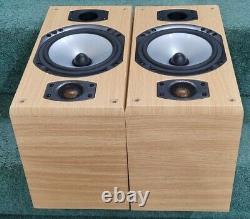 Monitor audio Bronze B2 stereo Bookshelf Bi-Wireable Speakers light oak finish