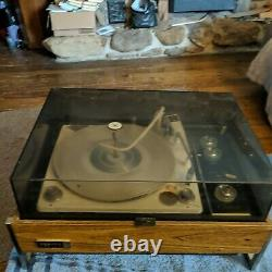 Vintage Zenith Circle Of Sound Solid State Stereo Turntable With Speakers