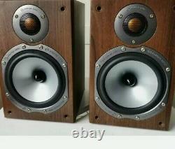 Moniteur Audio Bronze Br1 Main / Stereo Bookshelf Haut-parleurs En Finition Walnut