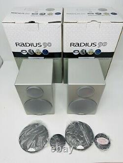 Moniteur Audio Radius 90 Bookshelf Speakers Silver Stereo Boxed