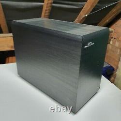 Surveillez Les Haut-parleurs Audio Gold Gx50 Hi Fi. Noir Brillant Élevé