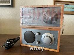 Tivoli Audio Model Two Am/fm Aux. Radio De Table Stéréo Haut-parleur Supplémentaire Henry Kloss